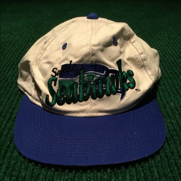 VINTAGE Seattle Seahawks hat NFL adjustable cap. M 5b78cfdd7ee9e2c43a10b212 215ecf41a